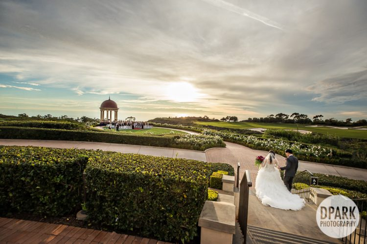 pelican-hill-grand-event-lawn-wedding-ceremony-photos