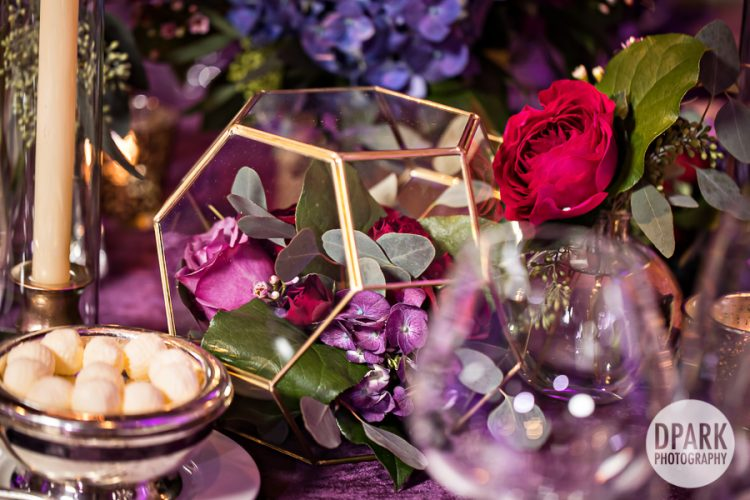 geo-art-deco-reception-purple-red-pink-decor-wedding