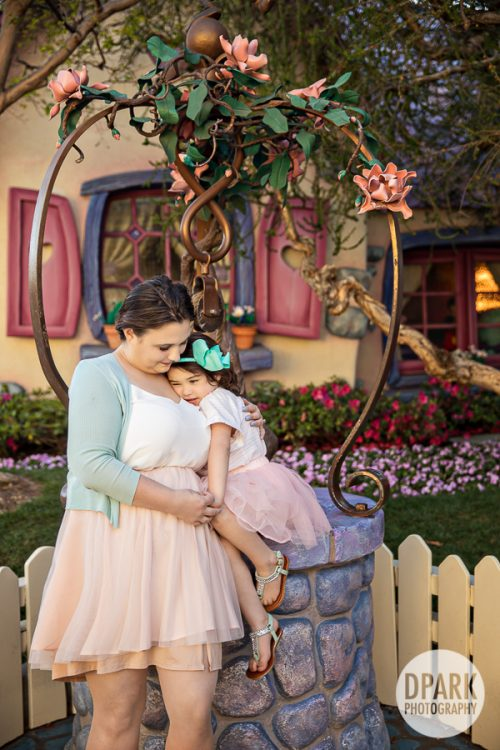 fairy-tale-castle-minnie-family-photographer