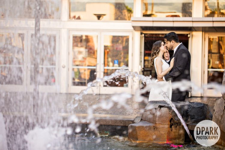 best-water-fountain-tustin-engagement-photographu