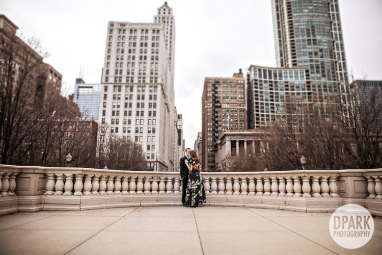 monroe-bridge-chicago-engagement-photographer