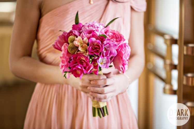 pink-bridesmaid-bouquet