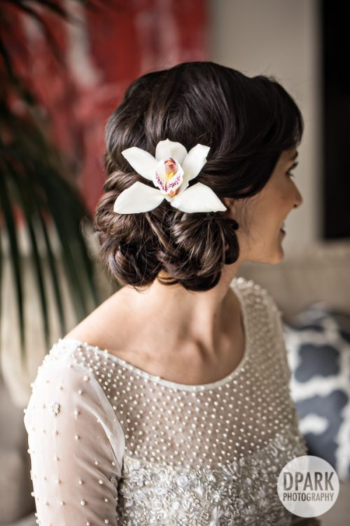 hawaiian-bride-wedding-details-hair
