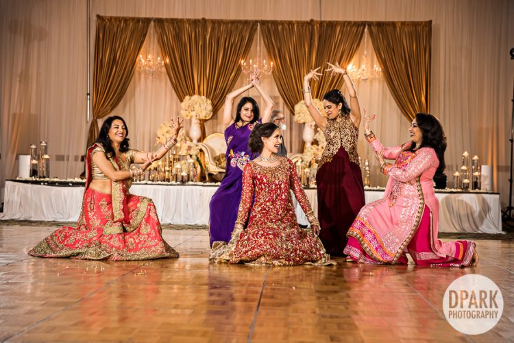 pakistani-wedding-reception-dance-performance-photography