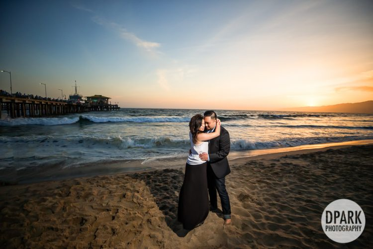 santa-monica-beach-vietnamese-engagement-photographer