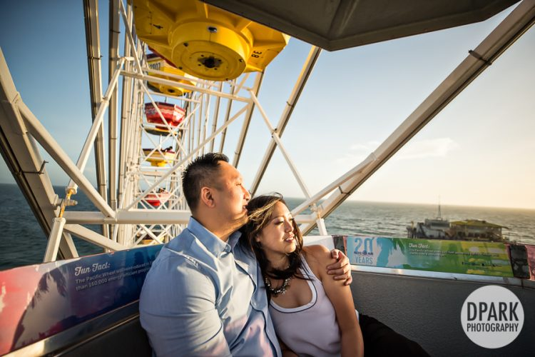 santa-monica-pier-ferris-wheel-vietnamese-engagement-photographer