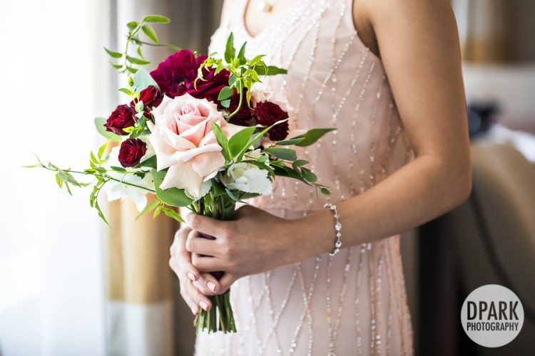 pink-red-bridesmaids-bouquets
