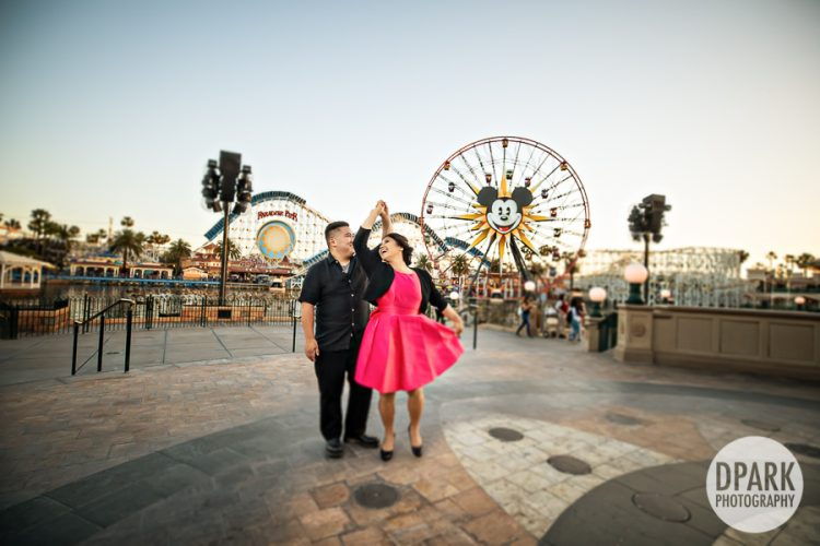paradise-pier-engagement-photographer