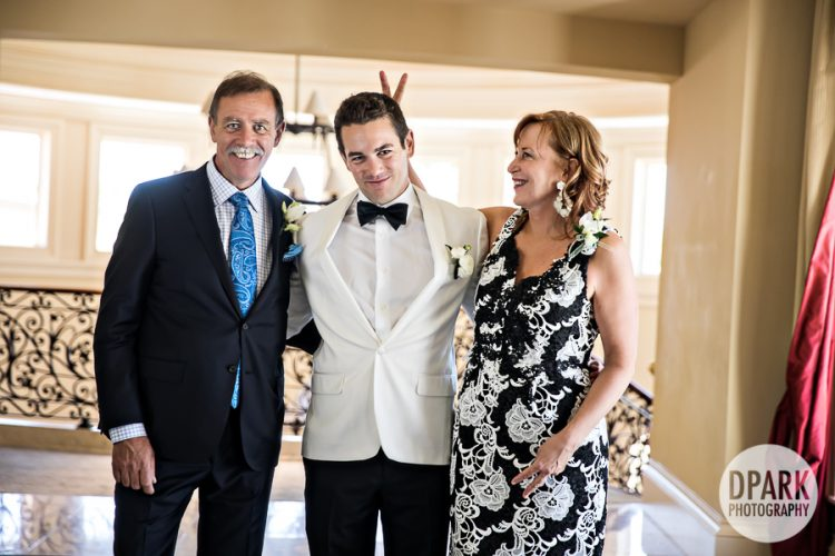 groom, mom, dad, parents, photography, photographer