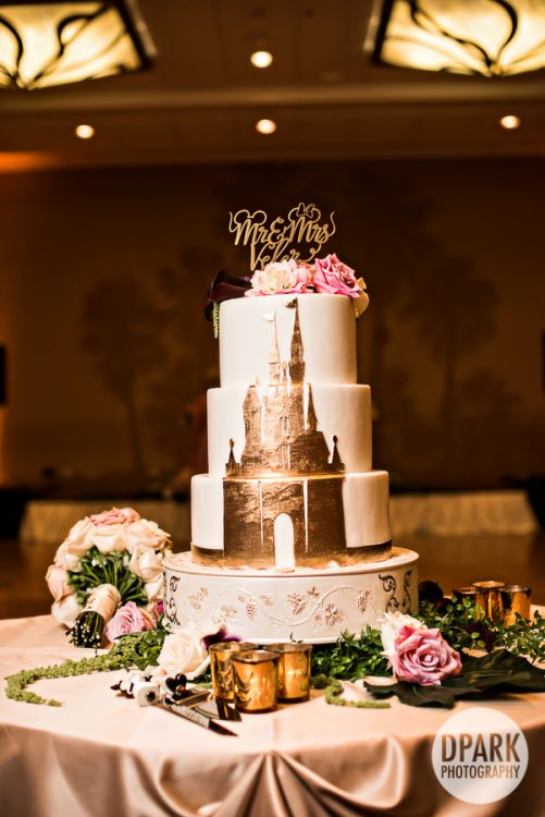 vogue-fashion-disney-paradise-pier-hotel-wedding-reception-cake