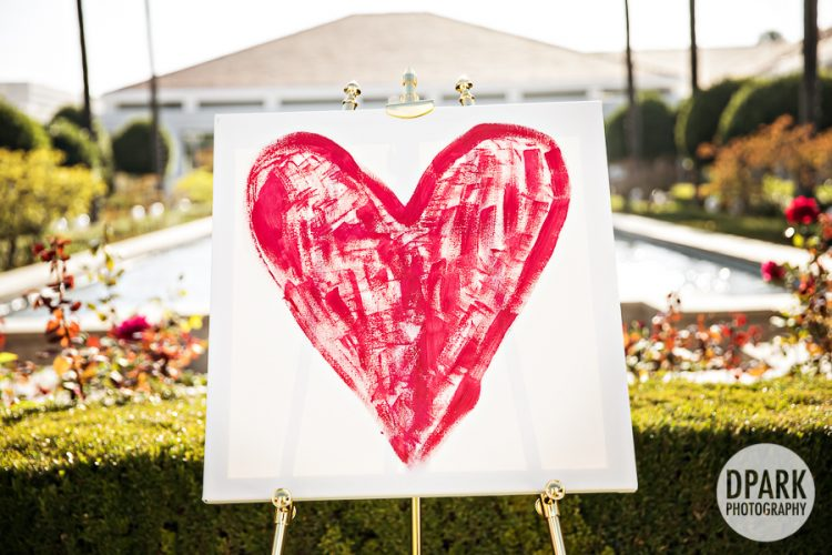 ceremony-unity-painting-heart-wedding-idea