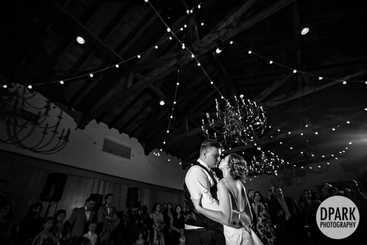 university-club-of-pasadena-wedding-reception-first-dance