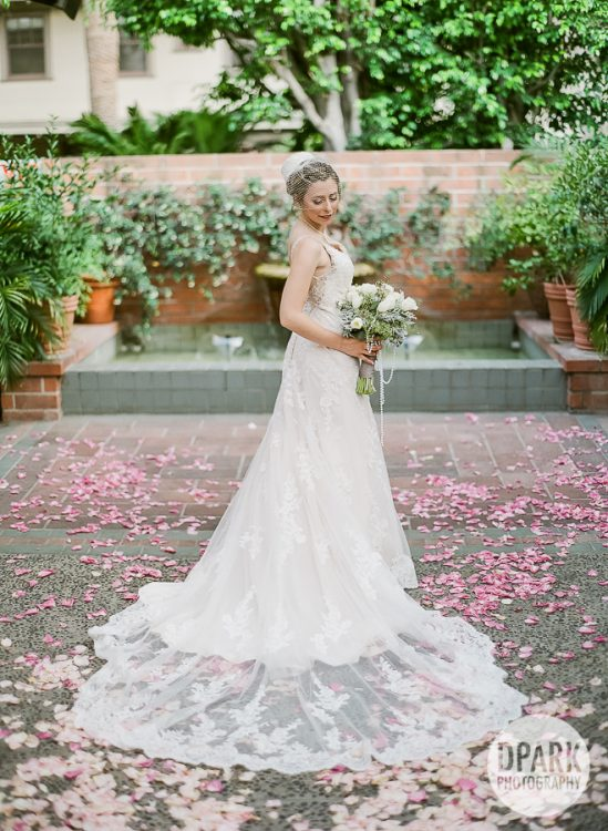 university-club-of-pasadena-wedding-romantic-photographer
