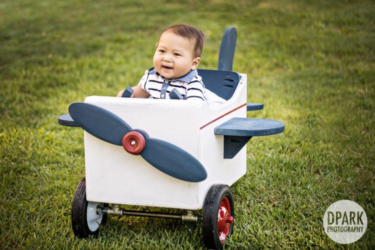 airplane-first-birthday-boy