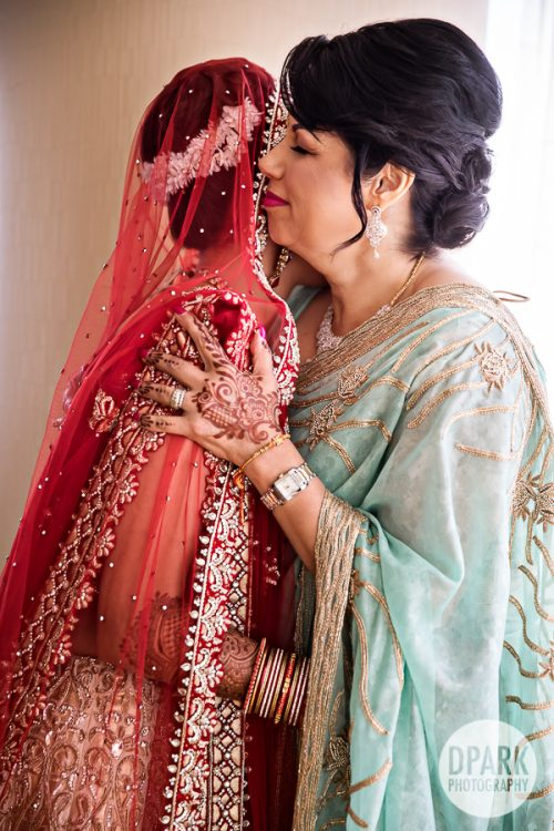 mother-of-the-bride-indian-wedding
