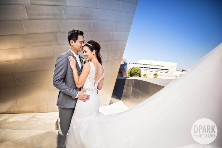 walt-disney-concert-hall-wedding-romantic-photography