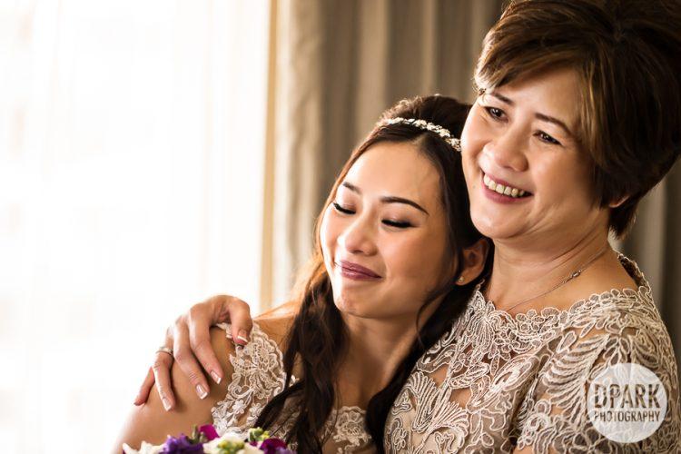 omni-hotel-wedding-getting-ready-photograph