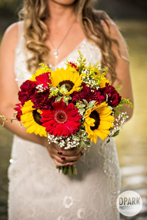 sunflower-red-rustic-wedding-bridal-bouquet