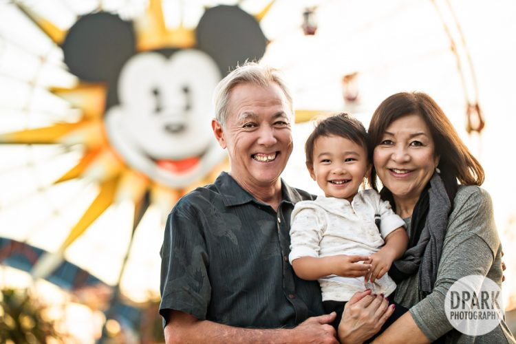 ca-adventure-mickey-mouse-family