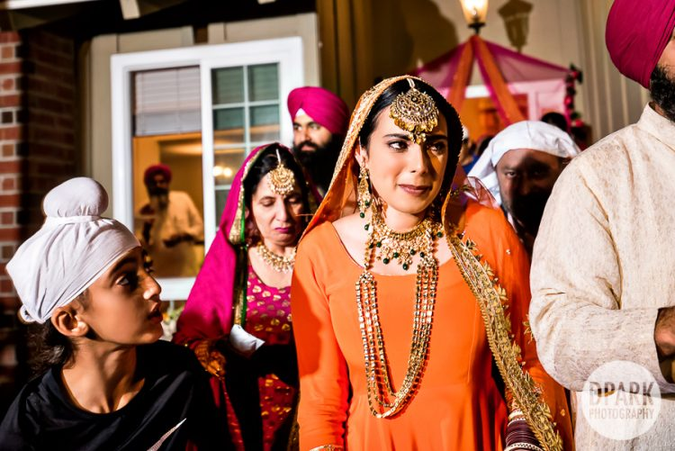 thai-indian-sikh-mienh-wedding-pictures
