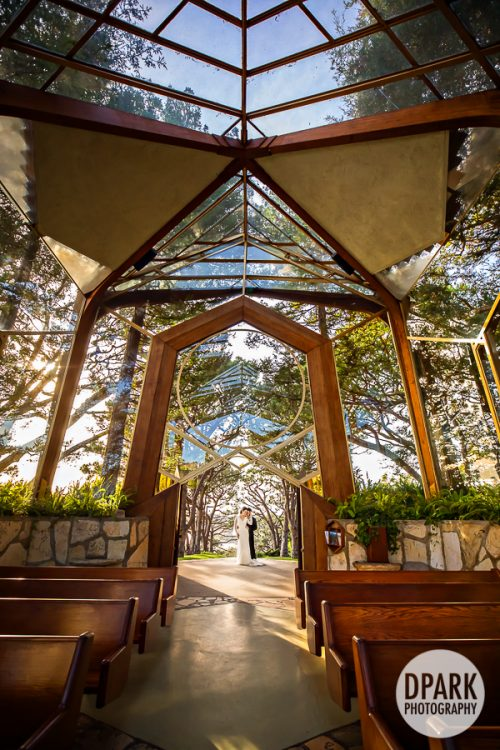 wayfarers-chapel-wedding-ceremony-romantic-photography