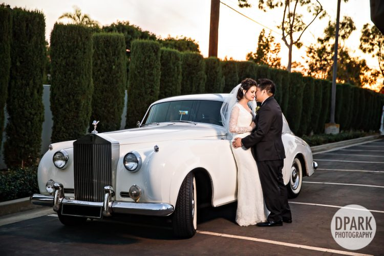 best-limo-car-rental-wedding-romantics-photography