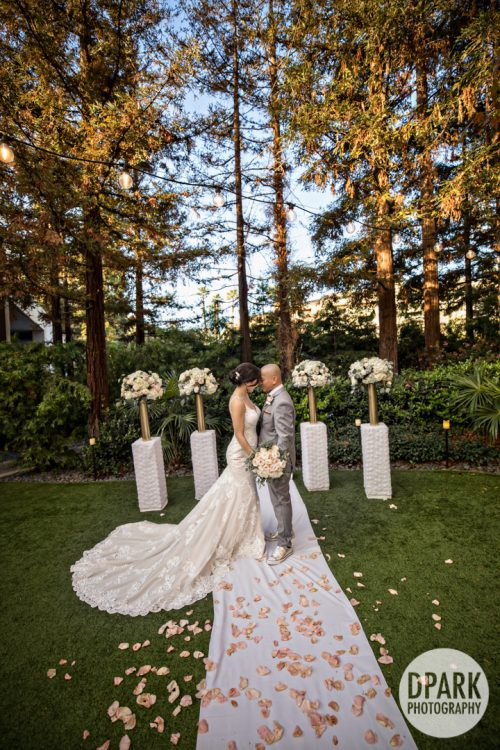 avenue-of-the-arts-hotel-costa-mesa-wedding-ceremony