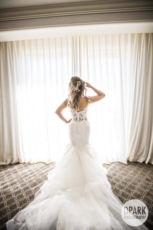 best-creative-bride-getting-ready-photographs