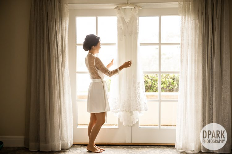 getting-ready-ritz-carlton-laguna-niguel-wedding-bride