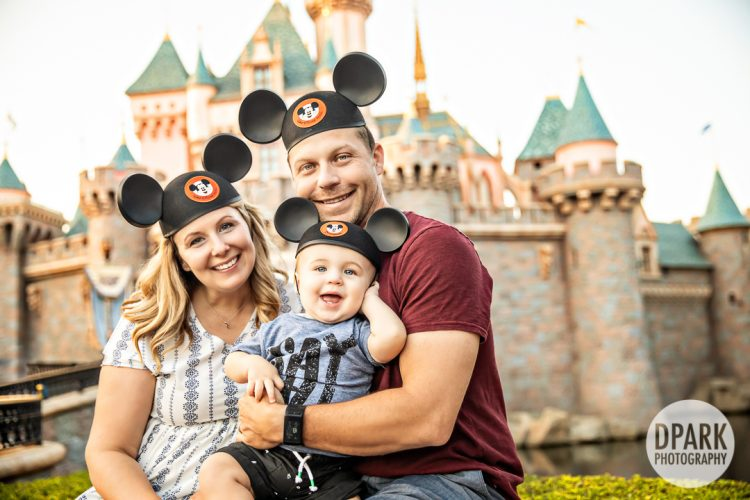 castle-baby-boy-family-photographer