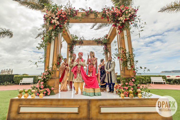 hotel-del-coronado-indian-wedding-ceremony-windsor-lawn